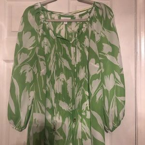 Green and white blouse. Size 2X